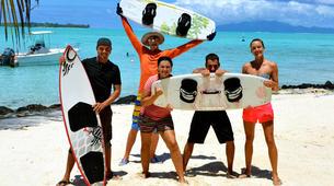 Wakeboard-Bora Bora-Wakeboarding boat session in Bora Bora-2