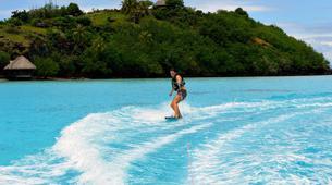 Wakeboard-Bora Bora-Wakeboarding boat session in Bora Bora-1