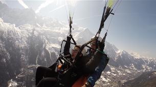 Parapente-Chamonix Mont-Blanc-Vol Parapente Biplace en face du Mont-Blanc, Chamonix-1