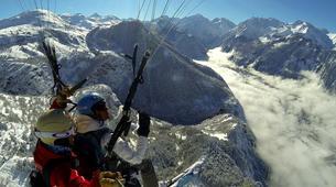 Paragliding-Alpe d'Huez Grand Domaine-Tandem paragliding flight in Alpe d'Huez-1