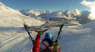 Paragliding-Alpe d'Huez Grand Domaine-Tandem paragliding flight in Alpe d'Huez-9