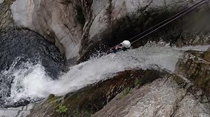 Canyoning-Céret-Canyon Découverte du Gourg des Anelles à Céret-1