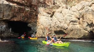 Sea Kayaking-Costa Blanca-Sea Kayaing Tour of Tallada Caves in Denia-5