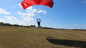 Parachutisme-Ile d'Oléron-Saut en Parachute Tandem à 3500m à Marennes, Île d'Oléron-7