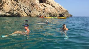 Sea Kayaking-Costa Blanca-Sea Kayaing Tour of Tallada Caves in Denia-1