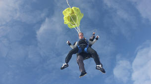 Skydiving-Paris-Tandem skydive in Peronne, near Paris-8