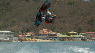 Wakeboarding-Saint Martin-Wakeboarding and wakesurfing boat sessions in St Martin-3