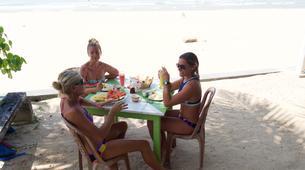 Surfing-Galle-10D/8N Girls-only surfcamp with pro surfer Emmanuelle Joly in Galle, Sri Lanka-3