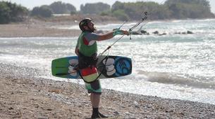 Kitesurfing-Rhodes-Kitesurfing Lessons in Theologos, Rhodes-2