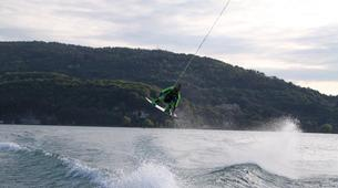 Wakeboard-Annecy-Coaching Privé Perfectionnement Wakeboard et Wakesurf sur le Lac d'Annecy-5