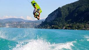Wakeboard-Annecy-Coaching Privé Perfectionnement Wakeboard et Wakesurf sur le Lac d'Annecy-3