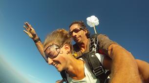 Skydiving-Dordogne-Tandem skydive from 3500m in Dordogne-2
