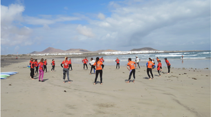 Surfing-Caleta de Famara, Lanzarote-Surfing courses in Caleta de Famara, Lanzarote-3