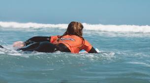 Surfing-Caleta de Famara, Lanzarote-Surfing courses in Caleta de Famara, Lanzarote-2