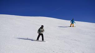 Ski touring-Chamonix Mont-Blanc-Freeride Snowboarding Sessions in Chamonix with Johann-1