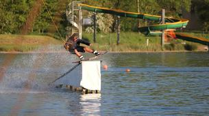 Wakeboard-Lac du Magne-Coaching Privé Wakeboard Perfectionnement vers Poitiers-1