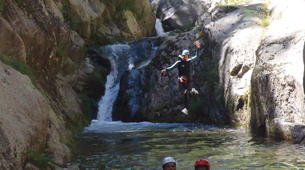 Canyoning-Céret-Intermediate canyoning at Gourg des Anelles in Céret-3