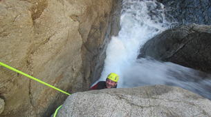 Canyoning-Céret-Intermediate canyoning at Gourg des Anelles in Céret-4