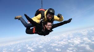 Skydiving-Paris-Tandem skydive in Peronne, near Paris-7