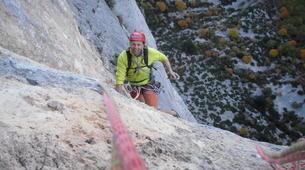 Rock climbing-Ardeche-Escalade en Grande Voie dans les Gorges de l'Ardèche-2