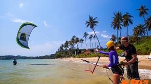 Kitesurfing-Hua Hin District-Beginner kitesurfing courses in Hua Hin-1