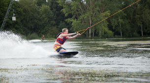 Wakeboarding-Lake Magne-Private wakeboarding cable hire near Poitiers-5