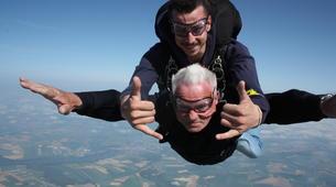 Skydiving-Paris-Tandem skydive in Peronne, near Paris-3