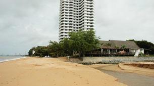 Kitesurfing-Pattaya-Beginner kitesurfing courses in Pattaya-6