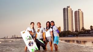 Kitesurfing-Pattaya-Beginner kitesurfing courses in Pattaya-5