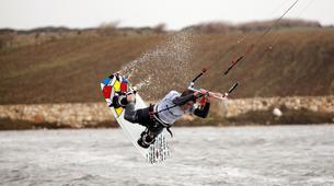 Kitesurfing-Cagliari-Kitesurfing lessons and courses near Cagliari, Sardinia-5