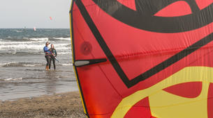 Kitesurfing-El Medano, Tenerife-Private kitesurfing lessons on El Medano beach-3