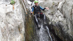 Canyoning-Font Romeu-Thermal water canyon of Thuès, near Font-Romeu-4