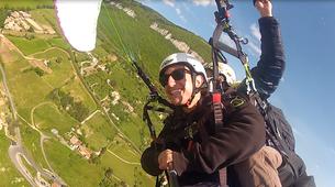 Parapente-Millau-Vol Acrobatique en Parapente au-dessus à Millau-1