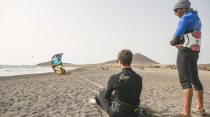 Kitesurfing-El Medano, Tenerife-Private kitesurfing lessons on El Medano beach-5