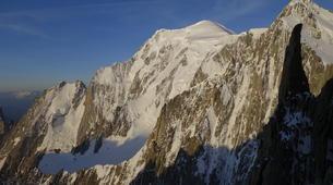 Rock climbing-Chamonix Mont-Blanc-Escalade dans le massif du Mont Blanc, Chamonix-5