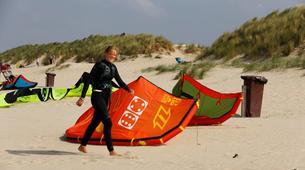 Kitesurfen-Schouwen-Duiveland-Kitesurfing lessons near Rotterdam-4