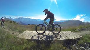 Vélo de Descente-Alpe d'Huez Grand Domaine-Stage de VTT de Descente à l'Alpe d'Huez-2