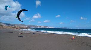 Kitesurfing-Las Palmas de Gran Canaria-Group and semi-private kitesurfing lessons in Las Palmas de Gran Canaria-6