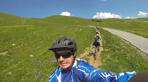 Vélo de Descente-Alpe d'Huez Grand Domaine-Stage de VTT de Descente à l'Alpe d'Huez-3