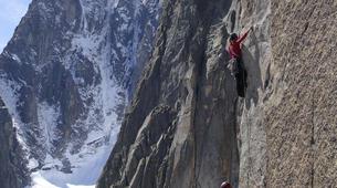 Rock climbing-Chamonix Mont-Blanc-Escalade dans le massif du Mont Blanc, Chamonix-3