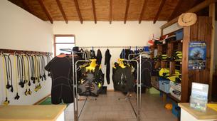 Scuba Diving-Port-Louis, Grande-Terre-FFESSM Level 1 diving course in Port Louis, Guadeloupe-4