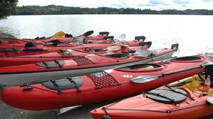 Kayaking-Rotorua-Kayaking on Lake Rotoiti to the hot pools in Rotorua-5