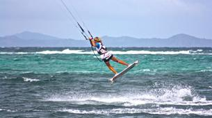 Kitesurfing-Tarifa-Semi-private Kitesurfing lessons in Tarifa-3