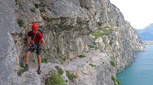 Via Ferrata-Arco-Via Ferrata Sentiero Contrabbandieri près d'Arco, Lac de Garde-2