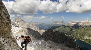 Escalade-Ponte di Legno-Guided rock climbing in Ponte di Legno in the Italian Alps-1