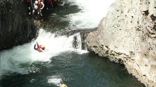 Canyoning-Rivière des Roches-Randonnée Aquatique au Bassin la Mer, Réunion-5