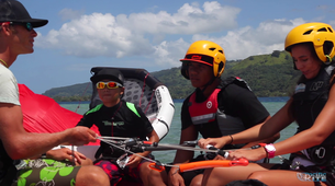 Kitesurfing-Tahiti-Kitesurfing lesson and course in Tahiti-1