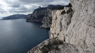 Rock climbing-Calanques-Multi pitch rock climbing course in the Calanques, Marseille-2