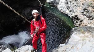 Canyoning-Cirque de Salazie, Hell-Bourg-Canyon Trou Blanc in Reunion Island-6