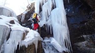 Canyoning-Hautes-Pyrénées-Canyon Hivernal / Ice Canyoning de l'Ossoue (Aval) dans les Hautes Pyrénées-4